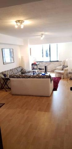 Apartamento Distrito Metropolitano>Caracas>Manzanares - Venta:69.000 Precio Referencial - codigo: 20-22321