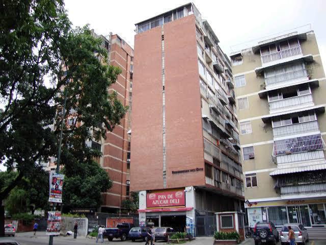 Apartamento Distrito Metropolitano>Caracas>Santa Eduvigis - Venta:63.000 Precio Referencial - codigo: 20-21724