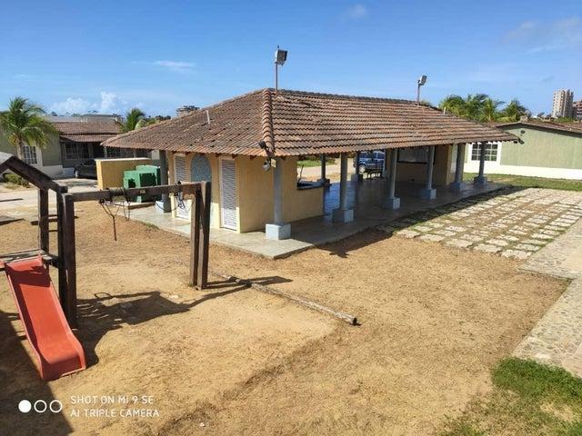 Casa Nueva Esparta>Margarita>Sector San Lorenzo - Venta:29.500 Precio Referencial - codigo: 20-20015