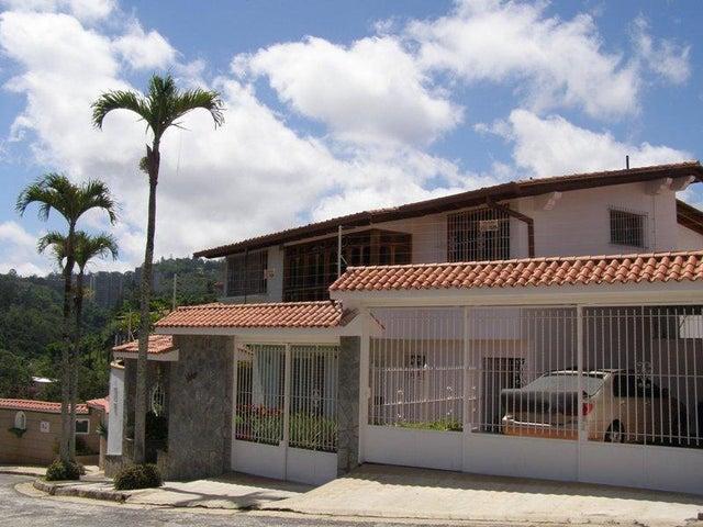 Casa Distrito Metropolitano>Caracas>Los Naranjos del Cafetal - Venta:230.000 Precio Referencial - codigo: 20-21885