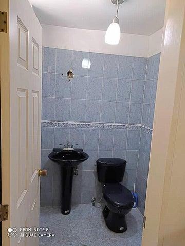 Apartamento Miranda>Guatire>Frutas Condominio - Venta:100.000 Precio Referencial - codigo: 20-21802