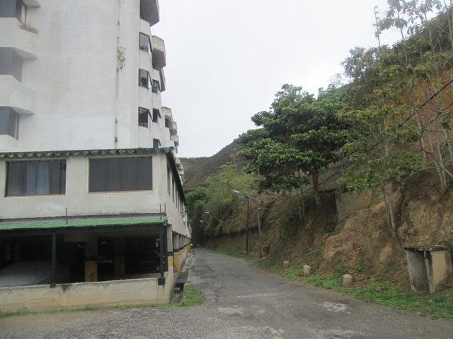Apartamento Miranda>Municipio Los Salias>Agua Linda - Venta:23.000 Precio Referencial - codigo: 20-21804