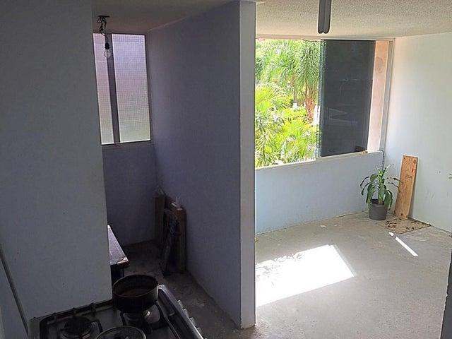 Apartamento Miranda>Guatire>Sector San Pedro - Venta:22.200 Precio Referencial - codigo: 20-21854