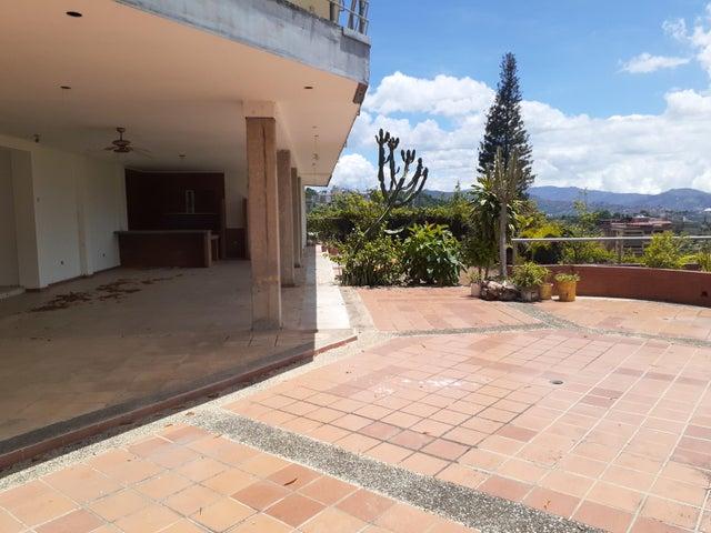 Casa Distrito Metropolitano>Caracas>Chulavista - Venta:900.000 Precio Referencial - codigo: 20-21935