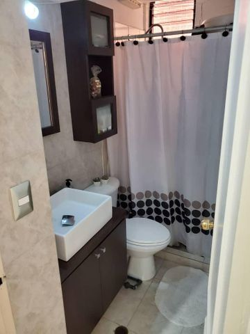 Apartamento Distrito Metropolitano>Caracas>Colinas de La Tahona - Venta:93.500 Precio Referencial - codigo: 20-22223