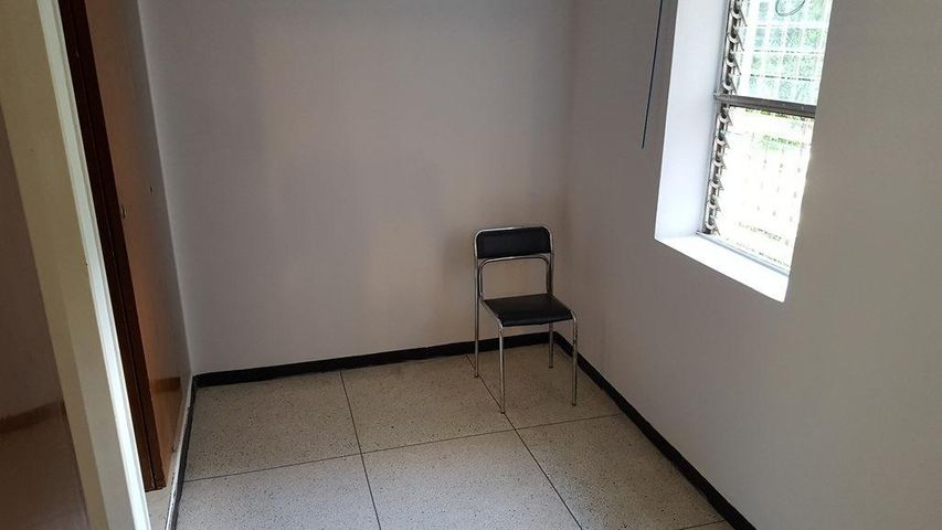 Apartamento Distrito Metropolitano>Caracas>Los Palos Grandes - Venta:213.000 Precio Referencial - codigo: 20-22213