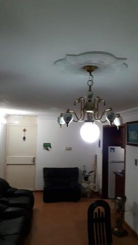Apartamento Miranda>Guatire>El Castillejo - Venta:15.000 Precio Referencial - codigo: 20-22315