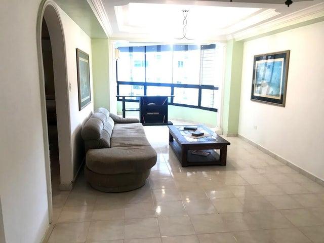 Apartamento Carabobo>Valencia>El Parral - Venta:30.000 Precio Referencial - codigo: 20-22227