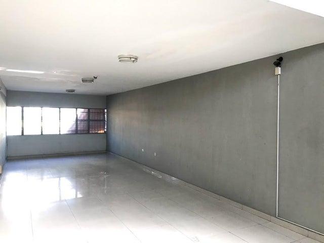 Local Comercial Carabobo>Valencia>Agua Blanca - Venta:55.000 Precio Referencial - codigo: 20-22267