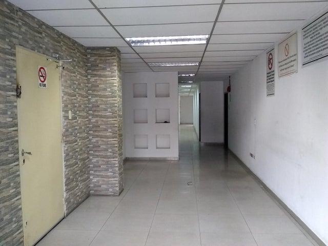 Galpon - Deposito Distrito Metropolitano>Caracas>Palo Verde - Venta:250.000 Precio Referencial - codigo: 20-22273
