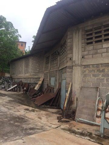 Galpon - Deposito Miranda>Charallave>Rio Tuy - Venta:180.000 Precio Referencial - codigo: 20-22274