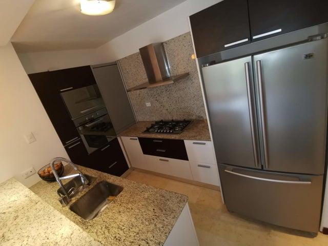 Apartamento Distrito Metropolitano>Caracas>La Lagunita Country Club - Venta:85.000 Precio Referencial - codigo: 20-22278