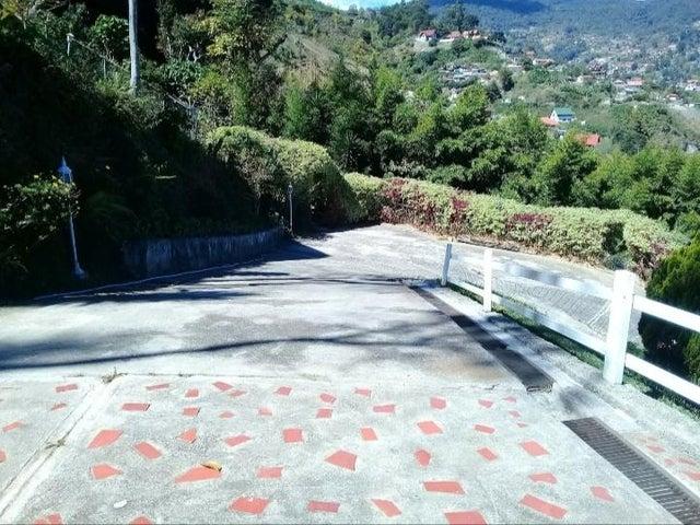 Casa Aragua>La Colonia Tovar>La Colonia Tovar - Venta:360.000 Precio Referencial - codigo: 20-22307