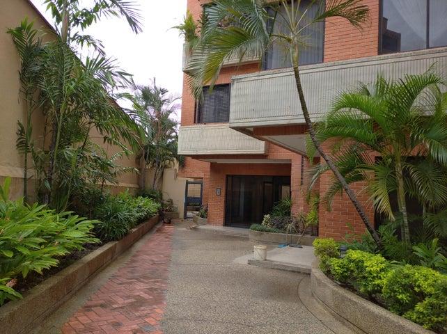Apartamento Aragua>Maracay>El Bosque - Alquiler:800 Precio Referencial - codigo: 20-22324