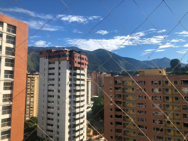 Apartamento Distrito Metropolitano>Caracas>Lomas del Avila - Venta:23.000 Precio Referencial - codigo: 20-22434