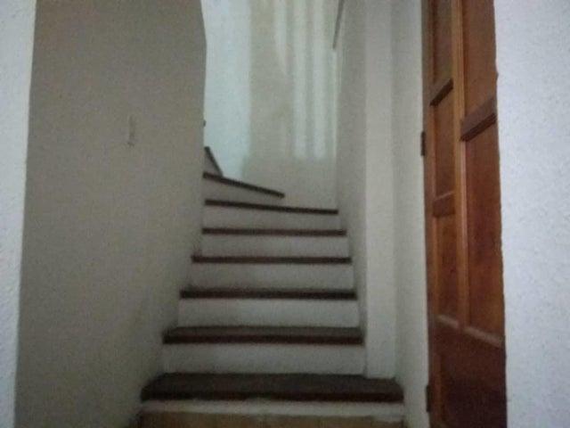Apartamento Falcon>Punto Fijo>Santa Irene - Alquiler:200 Precio Referencial - codigo: 20-22623