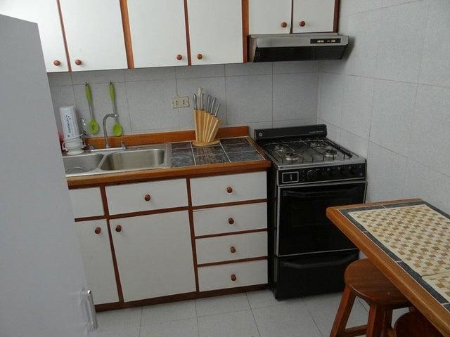 Apartamento Distrito Metropolitano>Caracas>San Martin - Venta:18.000 Precio Referencial - codigo: 20-22891