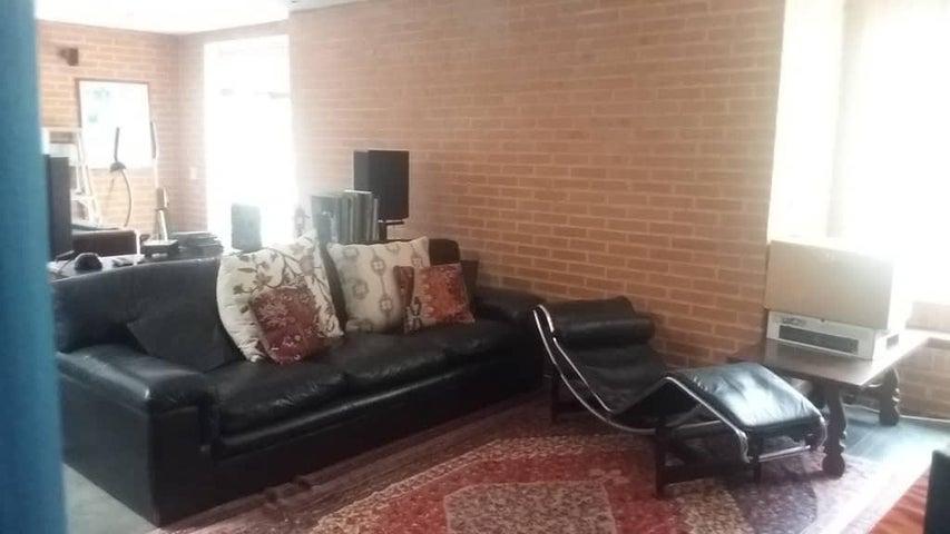 Casa Distrito Metropolitano>Caracas>Altamira - Venta:570.000 Precio Referencial - codigo: 20-22841