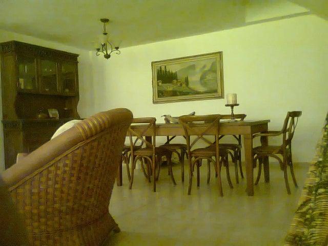 Casa Miranda>Higuerote>Ciudad Balneario Higuerote - Venta:240.000 Precio Referencial - codigo: 20-23606