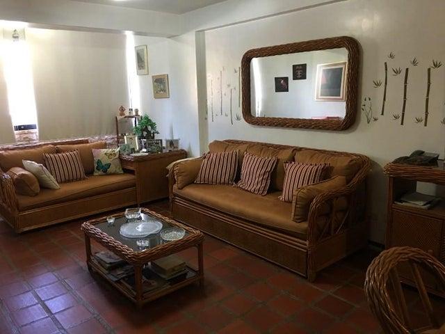 Apartamento Nueva Esparta>Margarita>Playa el Angel - Venta:28.000 Precio Referencial - codigo: 20-23074
