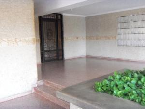 Apartamento Zulia>Maracaibo>Pueblo Nuevo - Venta:15.900 Precio Referencial - codigo: 20-23171