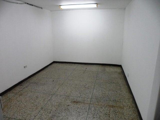 Oficina Distrito Metropolitano>Caracas>Los Ruices - Alquiler:1.500 Precio Referencial - codigo: 20-23256