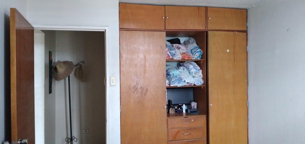 Apartamento Lara>Barquisimeto>Parroquia Concepcion - Venta:14.000 Precio Referencial - codigo: 20-23311