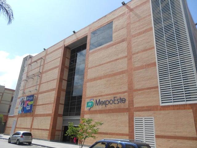 Local Comercial Distrito Metropolitano>Caracas>Chacao - Venta:20.500 Precio Referencial - codigo: 20-23496