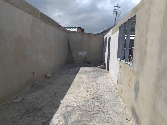 Galpon - Deposito Lara>Barquisimeto>Parroquia Juan de Villegas - Venta:125.000 Precio Referencial - codigo: 20-23510