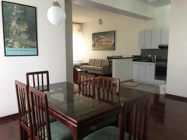 Apartamento Distrito Metropolitano>Caracas>Los Palos Grandes - Alquiler:600 Precio Referencial - codigo: 20-15927