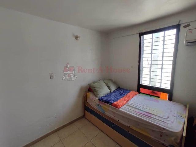 Casa Aragua>Maracay>Villas Ingenio II - Venta:30.000 Precio Referencial - codigo: 20-23597