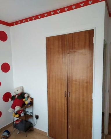 Apartamento Miranda>San Antonio de los Altos>San Diego de los Altos - Venta:19.000 Precio Referencial - codigo: 20-24523