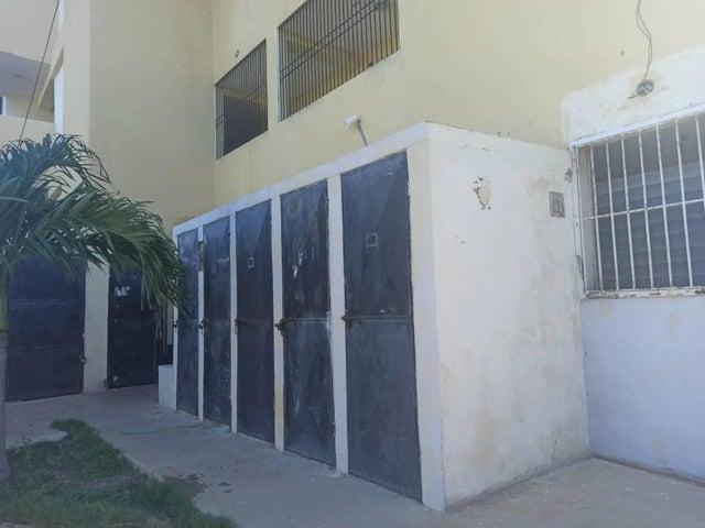 Apartamento Falcon>Punto Fijo>Santa Irene - Venta:10.450 Precio Referencial - codigo: 20-23776