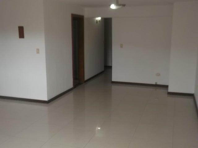Townhouse Distrito Metropolitano>Caracas>La Boyera - Venta:138.000 Precio Referencial - codigo: 20-23789