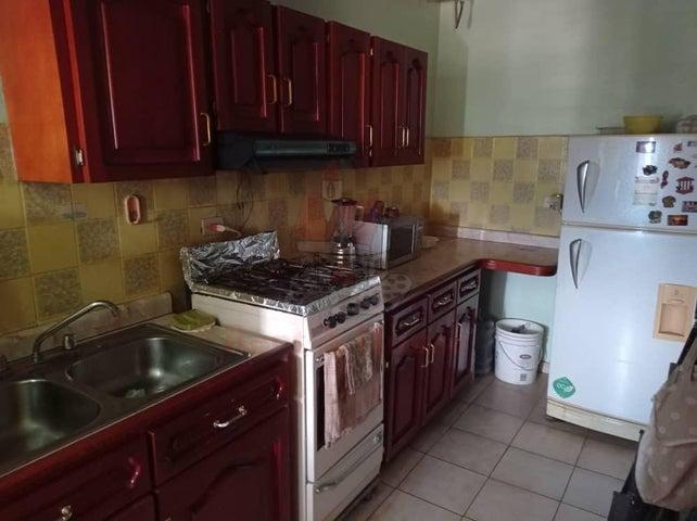 Apartamento Aragua>Turmero>San Pablo - Venta:16.000 Precio Referencial - codigo: 20-23801
