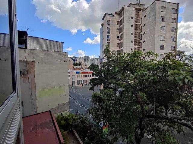 Oficina Distrito Metropolitano>Caracas>Las Delicias de Sabana Grande - Alquiler:350 Precio Referencial - codigo: 20-24599