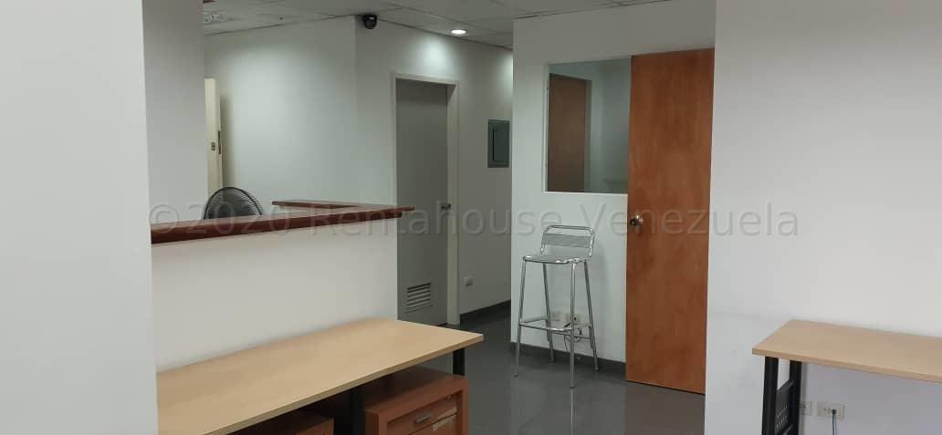 Oficina Distrito Metropolitano>Caracas>Parroquia Altagracia - Venta:30.000 Precio Referencial - codigo: 20-23957