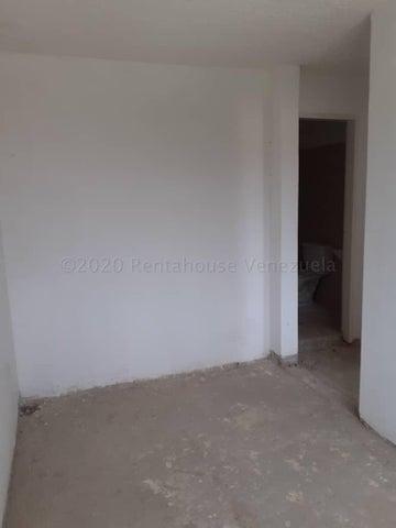 Apartamento Distrito Metropolitano>Caracas>Los Naranjos Humboldt - Venta:30.000 Precio Referencial - codigo: 20-23994