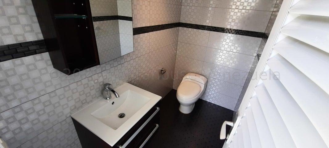 Casa Distrito Metropolitano>Caracas>Colinas de Vista Alegre - Venta:350.000 Precio Referencial - codigo: 20-24032