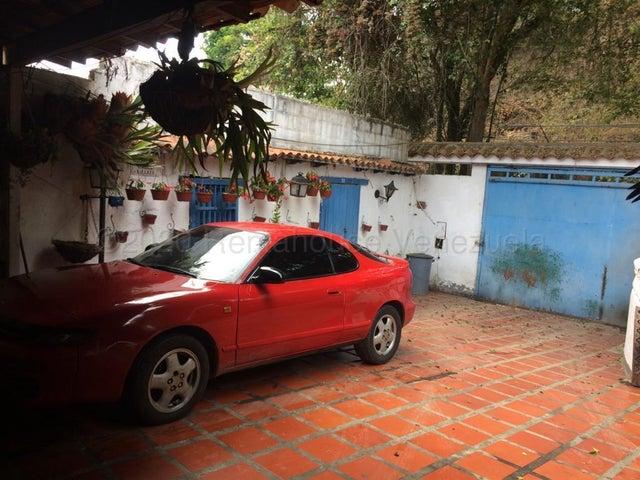Casa Miranda>San Antonio de los Altos>Club de Campo - Venta:290.000 Precio Referencial - codigo: 20-24433
