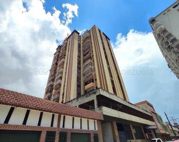 Apartamento Aragua>Maracay>El Centro - Venta:18.000 Precio Referencial - codigo: 20-24112