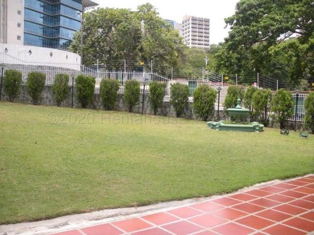 Apartamento Distrito Metropolitano>Caracas>Santa Paula - Venta:240.000 Precio Referencial - codigo: 20-24143