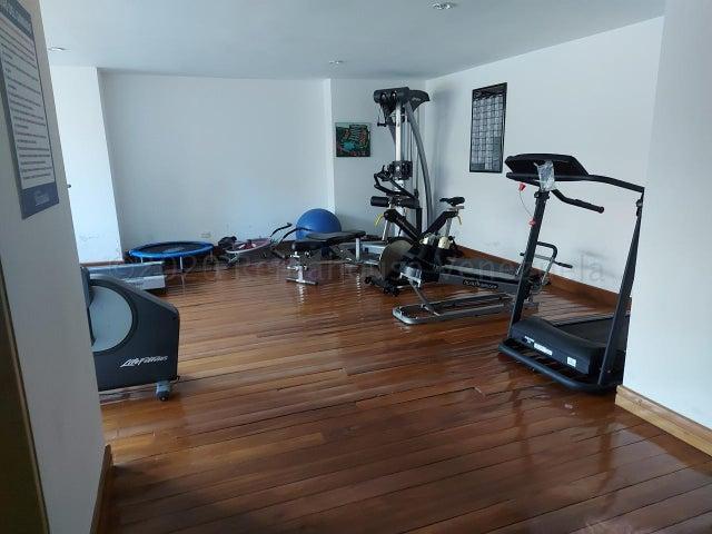 Apartamento Distrito Metropolitano>Caracas>Solar del Hatillo - Venta:295.000 Precio Referencial - codigo: 20-24560