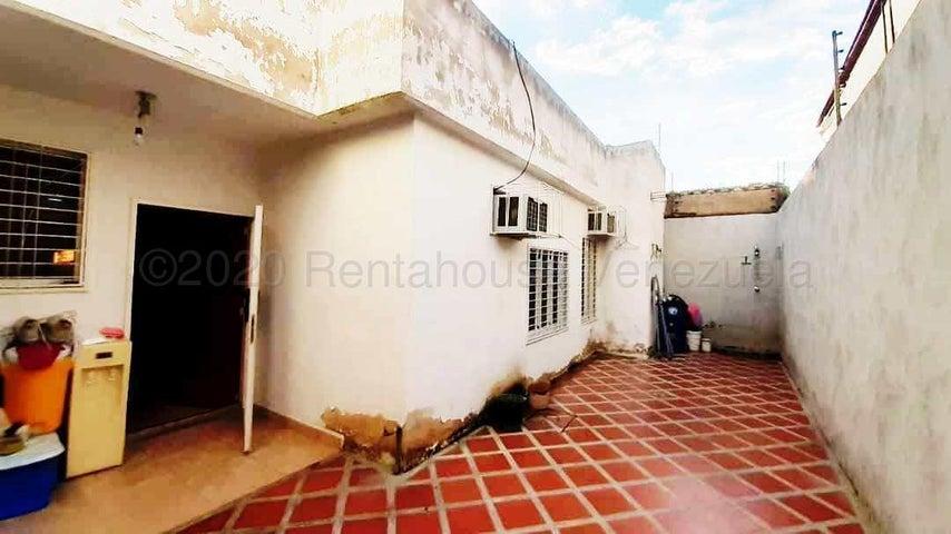Casa Aragua>Municipio Linares Alcantara>Las Amazonas - Venta:44.000 Precio Referencial - codigo: 20-24342