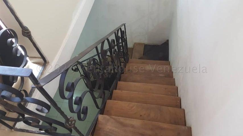 Casa Lara>Cabudare>Parroquia Jose Gregorio - Venta:31.000 Precio Referencial - codigo: 20-24427