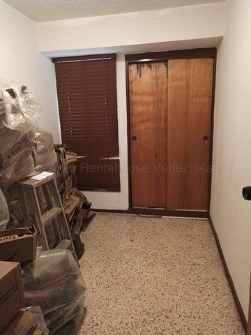 Apartamento Miranda>Los Teques>El Barbecho - Venta:22.000 Precio Referencial - codigo: 20-24267