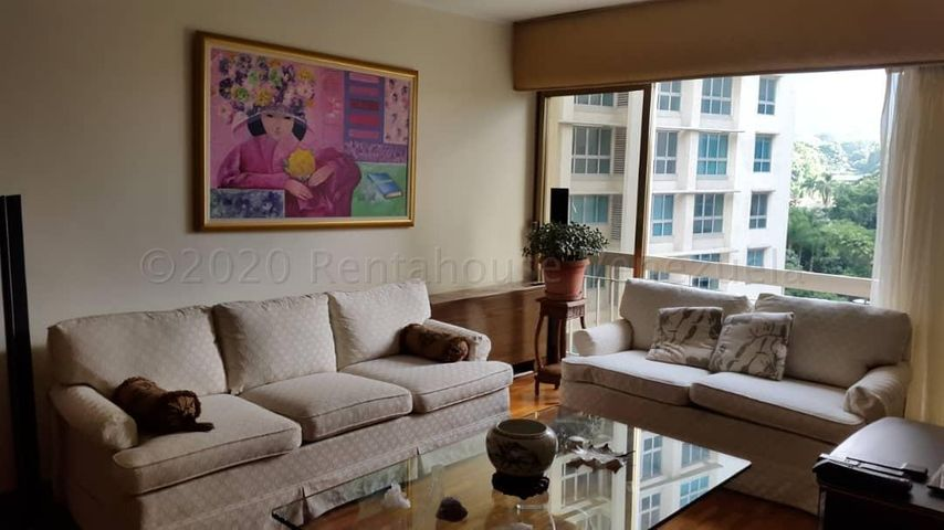 Apartamento Distrito Metropolitano>Caracas>Campo Alegre - Venta:160.000 Precio Referencial - codigo: 20-24581