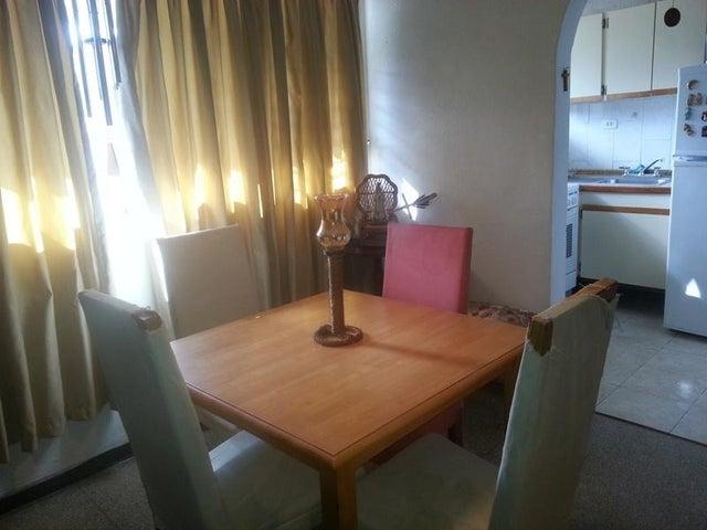 Apartamento Distrito Metropolitano>Caracas>Santa Monica - Venta:24.000 Precio Referencial - codigo: 20-24432
