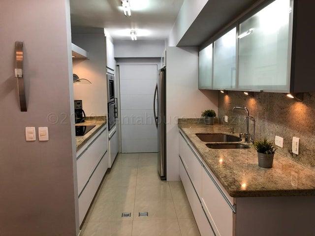 Apartamento Distrito Metropolitano>Caracas>Lomas del Sol - Venta:540.000 Precio Referencial - codigo: 20-24465