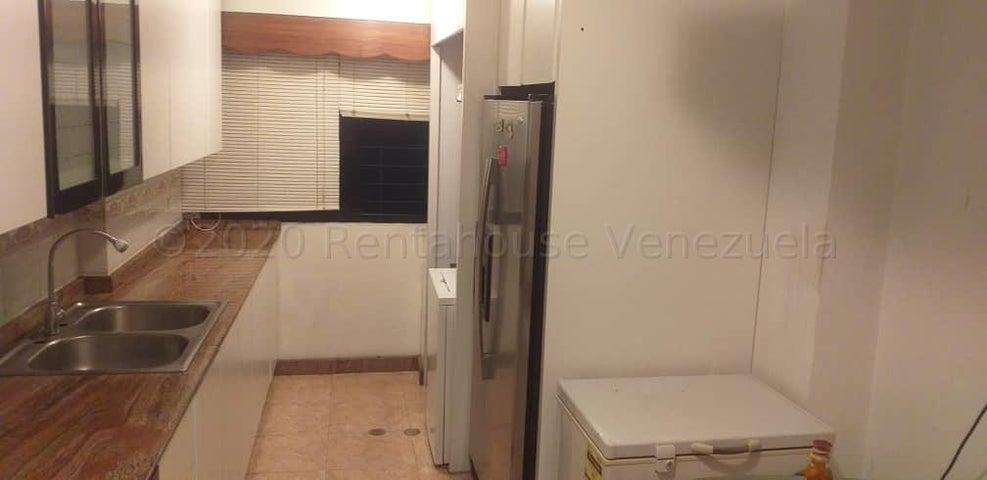 Apartamento Distrito Metropolitano>Caracas>Lomas del Avila - Venta:38.000 Precio Referencial - codigo: 20-24466